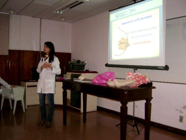 Hospital Amigo da Criança é tema de capacitação no Hospital São Francisco