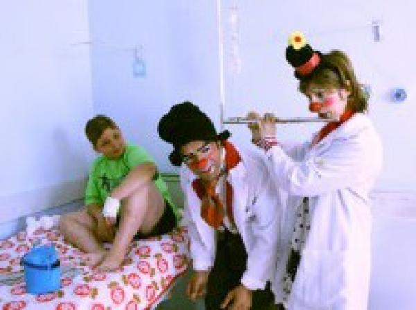 Médicos do Sorriso alegram manhã do HUSFP