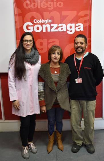 Colégio Gonzaga doa alimentos arrecadados em gincana ao HUSFP